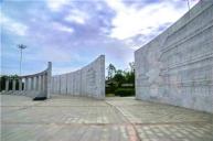敦化最大的广场 文化底蕴深厚的渤海广场