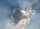 明天多云转阵雨,最低气温18℃,最高气温27℃