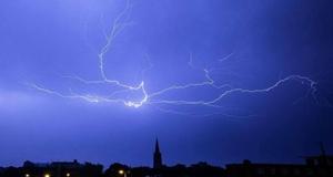 我州发布雷电黄色预警 未来12小时仍可能有强降水