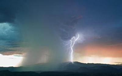 延边州气象局9月7日8时50分发布暴雨蓝色预警信号