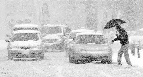 延边州气象局发布暴雪黄色、道路冰雪橙色预警