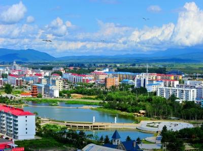 珲春政府工作报告决议 2020奋力建设50万以上人口规模中等城市