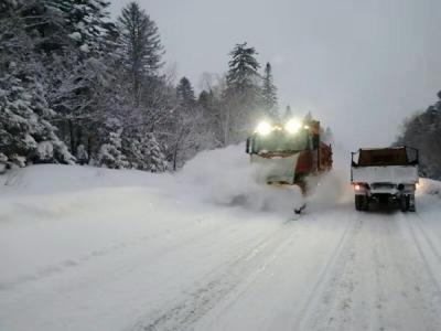 全州公路养护部门以雪为令 保障春运道路安全畅通