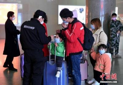 春节返程 多部门:控制客座率便于隔位、分散就座