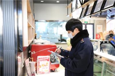 延吉市恢复营业的餐饮单位防护措施严密到位  