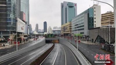 武汉发布通告 滞留在汉外地人员可有条件出城
