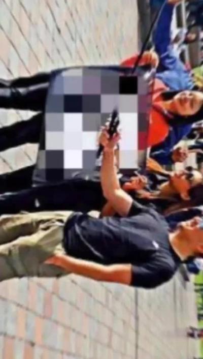 """【微视频】乱港分子滞留国外求助中国大使馆?真是""""无事搞分裂,有事求国家""""!"""