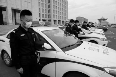 延吉市公安局各部门举行祭奠活动
