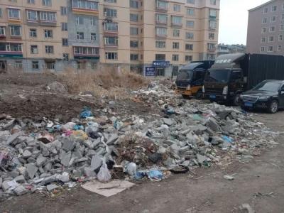 延吉市城管局常态化清理暴露垃圾让城市更文明