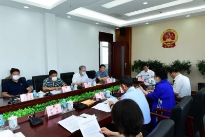 州人大常委会召开党组(扩大)会议 传达学习贯彻州委十一届八次全会精神