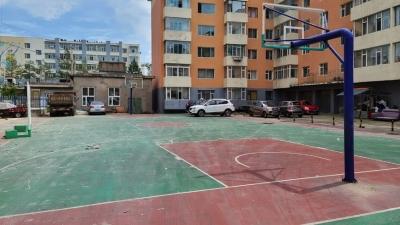 龙井市龙门社区篮球场扰民