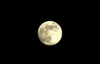 """别忘了看!今年中秋月亮""""瘦""""了!"""