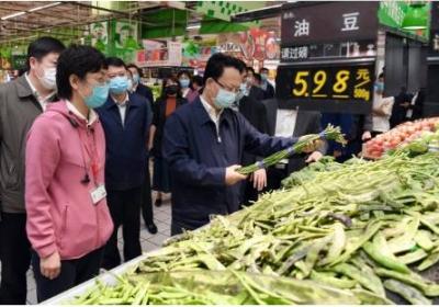 景俊海:全力保障市场供应充足价格稳定 确保群众度过欢乐祥和安全节日