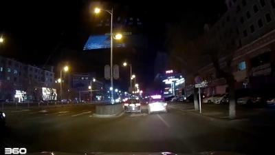 出租车违法占道堵路