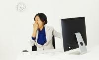 밥맛도 없고..수면 부족을 알려주는 증상들