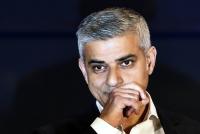 파키스탄계 뻐스기사 아들, 런던시장 되다