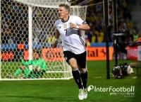 '슈바인슈타이거 쐐기골' 독일, '복병' 우크라이나에 2-0 승리..대회 첫 승
