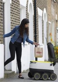 유럽서 음식배달 자율주행로봇 등장