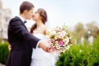 '만난 지 얼마만에 결혼해야 더 행복할까'