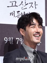 """""""싱크로율 100%"""" '고산자' 차승원, '김정호' 이유있는 변신"""