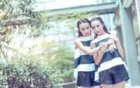 미녀 쌍둥이 똑같은 점수로 같은 대학 같은 학과 입학