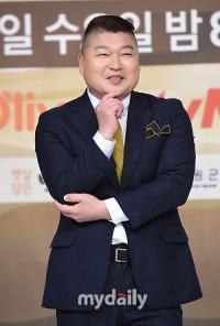 """'한식대첩4' MC 강호동""""첫 녹화 18시간 진행…무릎 꿇었다"""""""
