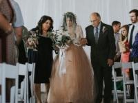 결혼식장에서 신랑을 눈물 쏟게 한 신부의 행동