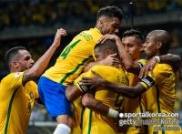 '네이마르 골' 브라질, 아르헨띠나 3-0 완파...선두 탈환