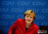 메르켈 독일 총리 대선 참가 선언