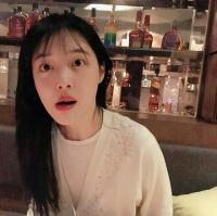 """설리, 민낯도 청순미 '폭발'..양주 진열대 보니 """"어디?"""""""