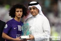 UAE 오마르, 아시아 올해의 선수상 수상