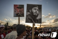 """""""나를 기념하지 말라"""" 무에서 무로 돌아간 혁명가"""