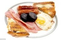 아침에 먹으면 건강에 해로운 음식