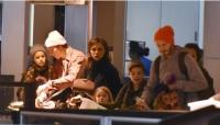 베컴 부부, 자녀들과 공항포착 '비주얼 가족의 면세점 쇼핑'