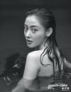 '섹시+매력'으로 무장한 장천애 화보 공개, 이번엔 인어다