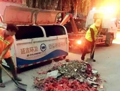 """""""财神爷生日"""" 延吉环卫凌晨3点上岗,清出12吨鞭炮垃圾!"""