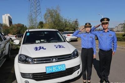 延吉市城管局执法人员换装 与全国统一