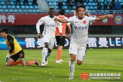 战报|金波赛季处子球、崔仁破门又献关键球,延边富德2:2憾平武汉卓尔