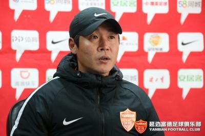 新疆雪豹纳欢VS延边富德赛后新闻发布会